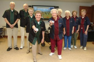 wii-bowling-seniors-01